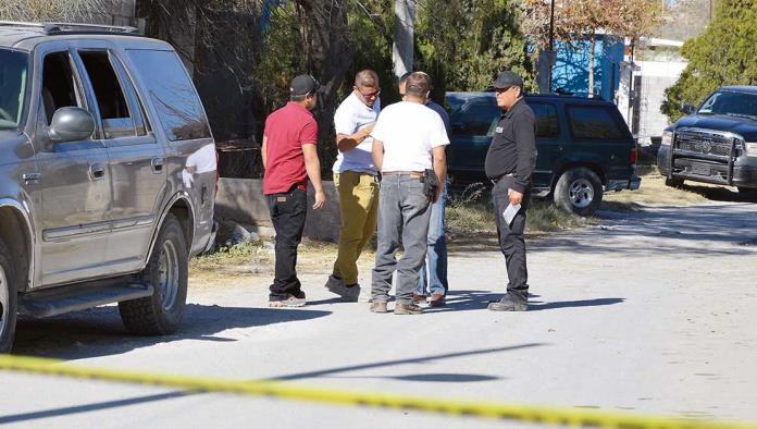 Se acordonó el área para  recabar evidencias pero al parecer ahí solo se abandonó el cuerpo.