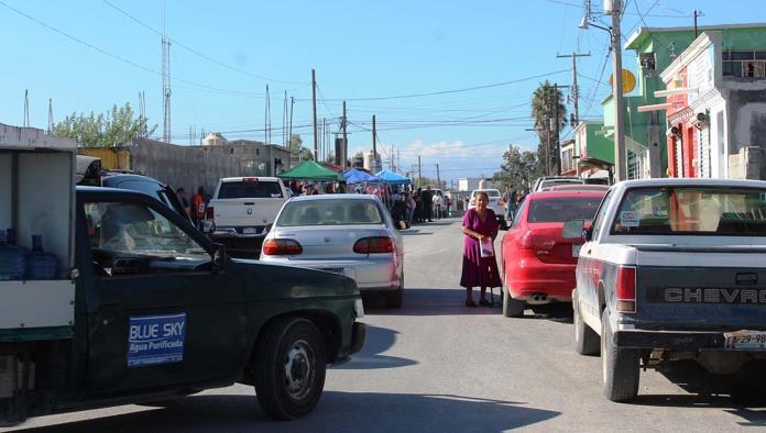 La calle Guerrero no fue cerrada como lo habían contemplado las autoridades, esto por la protesta de comerciantes y prestadores de servicio.