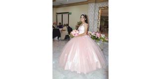 María Fernanda celebra sus quince primaveras