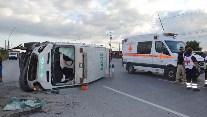 A más de 10 días del accidente de una ambulancia del IMSS donde murieron dos hermanos, la agencia aseguradora comenzó las negociaciones con los familiares de los fallecidos para tratar de llegar a un acuerdo.