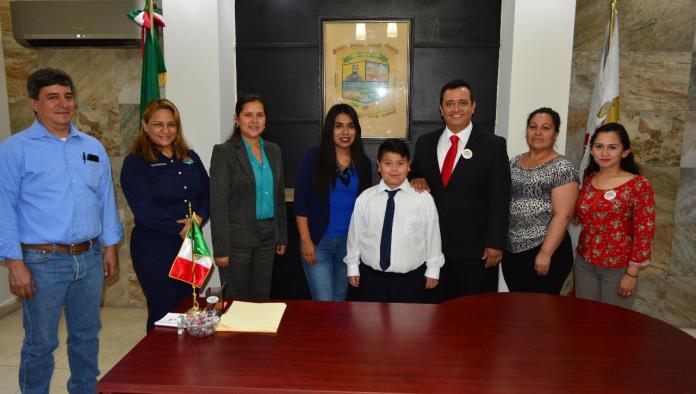 Edson Emilio González, ganó el concurso Niños Difusores en su etapa municipal.