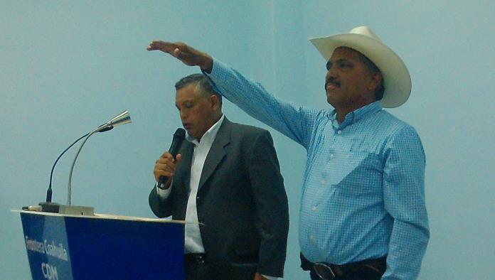 Ayer se le tomó protesta a Rodrigo Rivas Urbina como el candidato del PAN a la Presidencia Municipal.