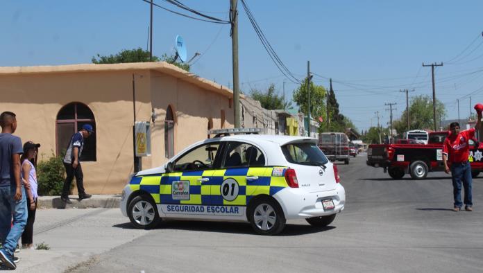 Los elementos de Seguridad Escolar siguen recorriendo los 34 planteles educativos del municipio.