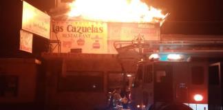 """Se incendia  restaurante  """"Las Cazuelas"""""""