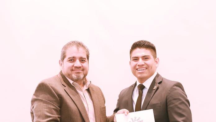 Colegio de Contadores Públicos de Coahuila A.C. Hace entrega de constancias