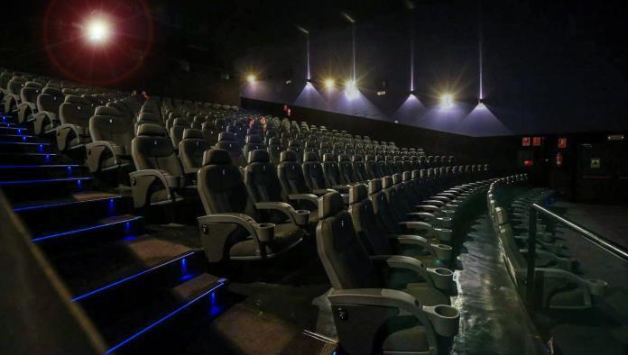 Se mantiene cerradas las puertas de las salas de cine hasta nuevo aviso, el Subcomité de Salud determina que aún no es tiempo de crear riesgos de contagio por aglomeraciones innecesarias.