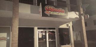 """Clausuran  """"Clamatos"""""""