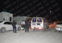 Abusan 5 hombres a jovencita después de una fiesta, la subieron a la fuerza
