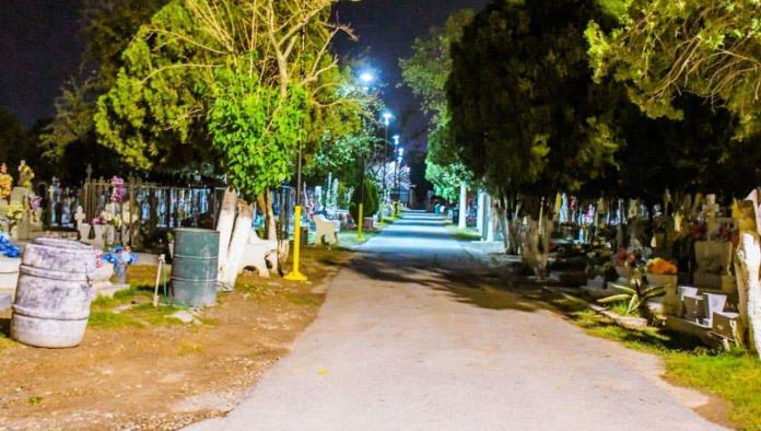 El 10 de mayo sí estarán abiertos panteones municipales, se permitirá el acceso hasta las 10 de la noche.