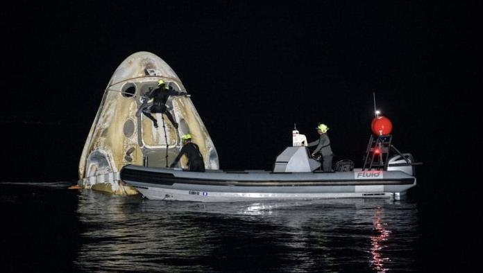 Concluye primer viaje comercial de la NASA