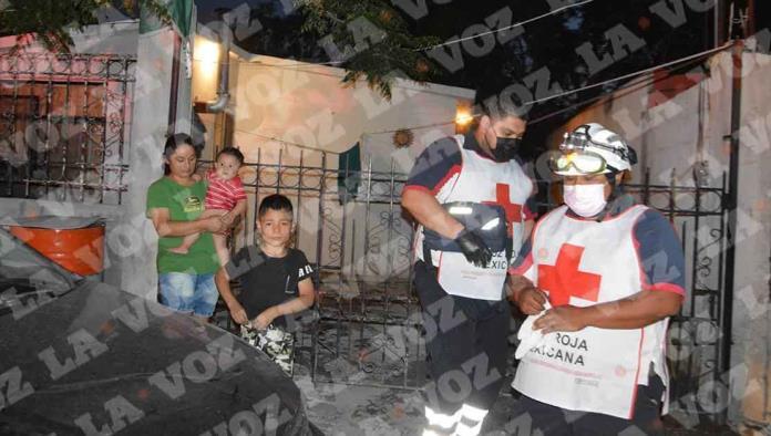 La madre del niño pidió la intervención de los Bomberos, quienes solicitaron el apoyo de los socorristas.