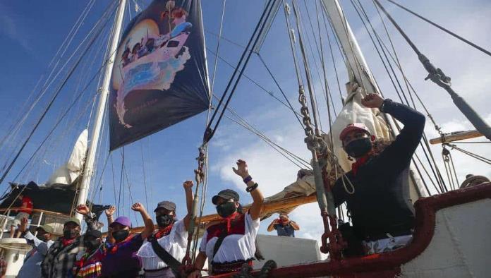 Delegación zapatista zarpó de Isla Mujeres hacia Europa