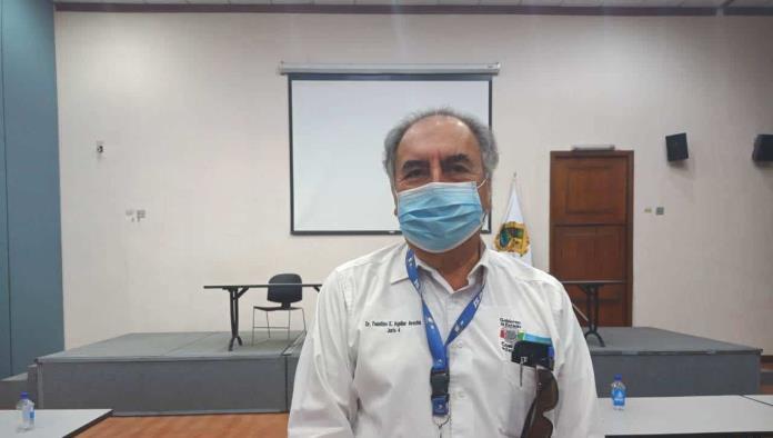 """""""Se encuentra consciente y sin oxígeno, la están atendiendo en el IMSS"""", dijo Faustino Aguilar Arocha."""
