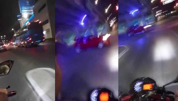 Jovencita graba momento en que choca a bordo de una motocicleta; ella murió (Video)