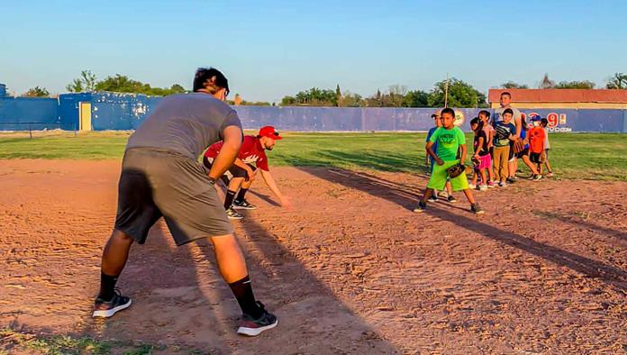 Ponen en marcha escuelita de Beisbol