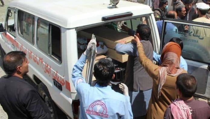 Explosión cerca de escuela deja al menos 25 muertos en Afganistán