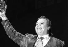 """La historia detrás de """"Amor eterno"""", la canción emblema del 10 de mayo en México"""