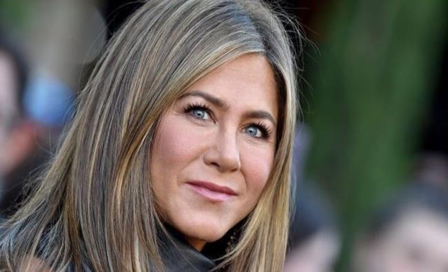 Jennifer Aniston lanza iniciativa para apoyar a los hospitales de la India