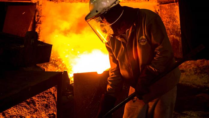 Avalan seguridad de obreros por altas temperaturas