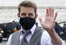 Tom Cruise se une a la protesta contra los Golden Globes devolviendo sus premios