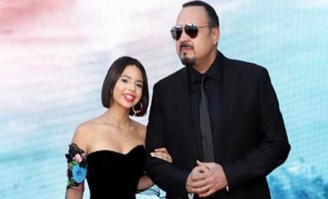 Pepe Aguilar admite que Ángela Aguilar sí la regó y así la defiende
