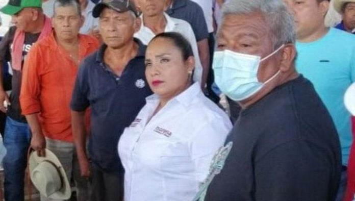 Retienen a candidata de Morena en Oaxaca por promesas incumplidas