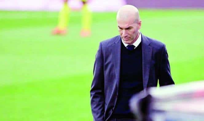 Zinedine Zidane se va del Real Madrid
