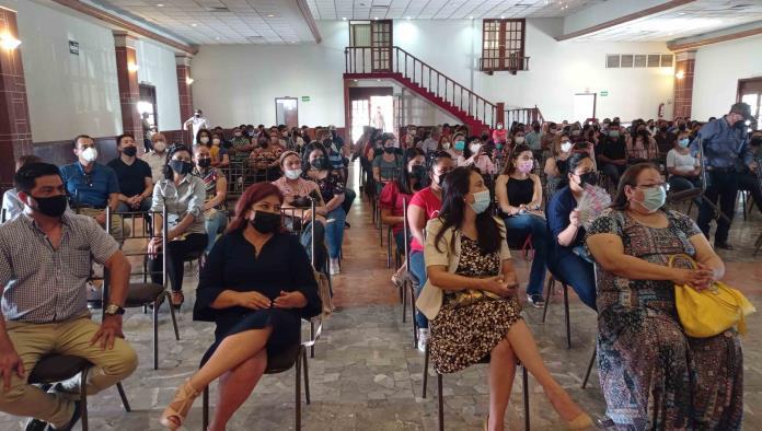 Capacita Secretaría de Salud a maestros