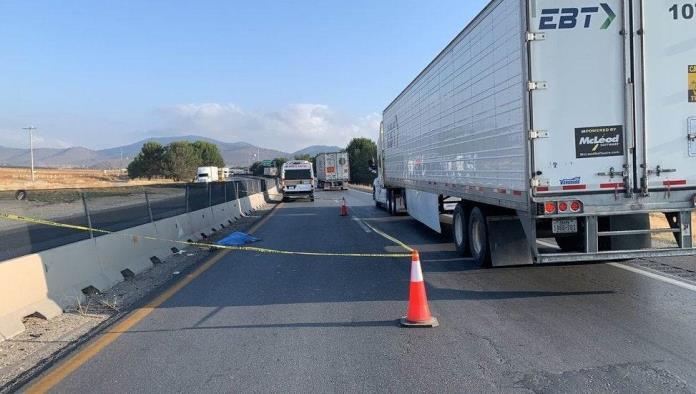 Reportan cuerpo sin vida sobre carretera Los Chorros, Coahuila