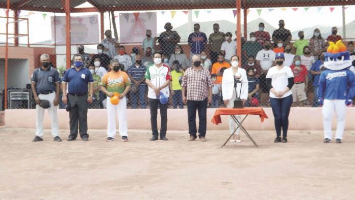 Inauguró Yajaira Reyna el Torneo Regional de Williamsport