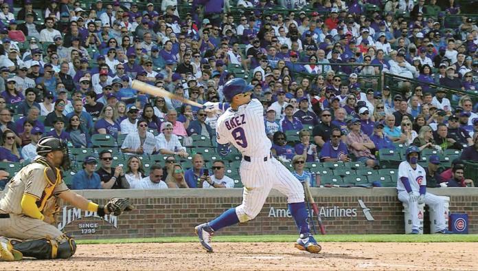 Báez lidera con HR barrida de Cubs a Padres