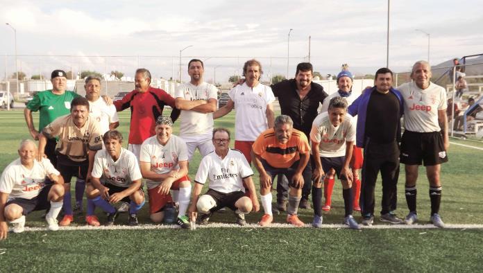 """Osvaldo """"El Salvaje"""" Navarro ¡Dio victoria a Traileros!"""