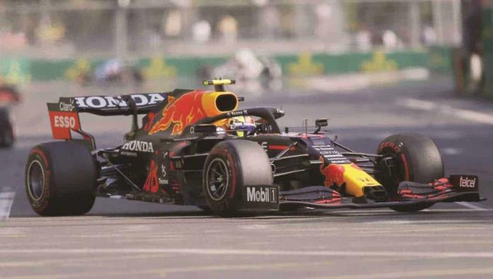 'Checo' Pérez conquista el GP de Azerbaiyán