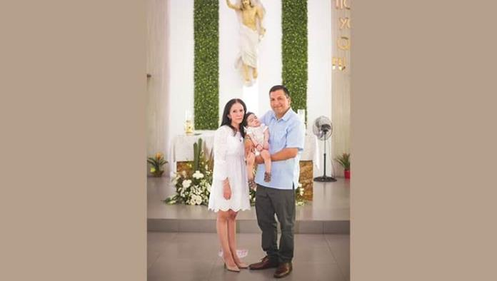 Emmanuel recibe el bautismo