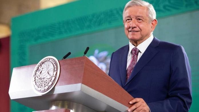 AMLO exhibe resultados del PREP, presume 11 gubernaturas para Morena
