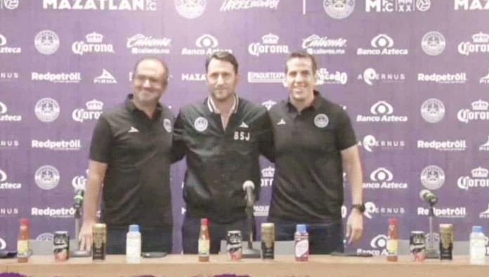Beñat San José quiere forjar la historia de Mazatlán FC