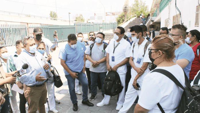 Protestan en IMSS por falta de climas