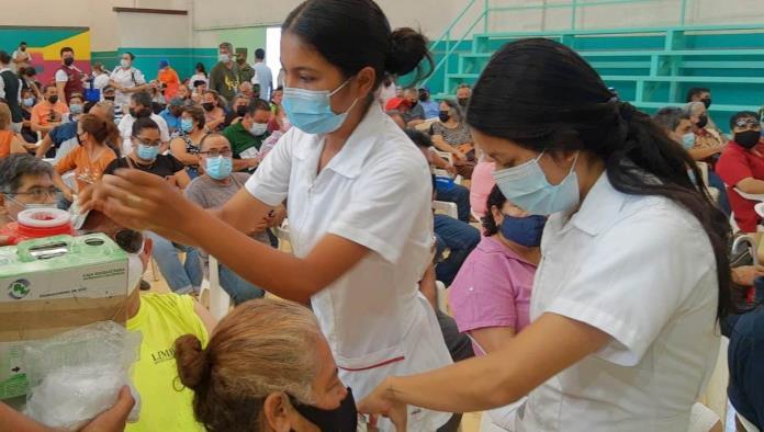 Apoya municipio en la vacunación