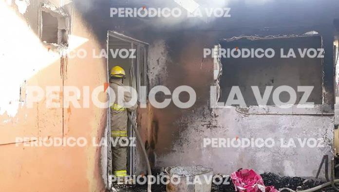 Incendia adolescente vivienda en Colinas