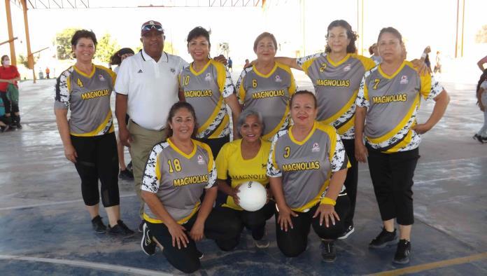 Chihuahua y Torreón ¡Lucen en Torneo de Cachibol!
