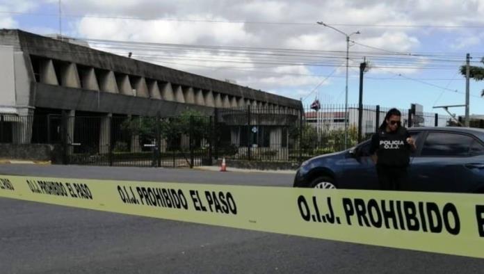 Allanan la casa presidencial en Costa Rica por caso de sobornos