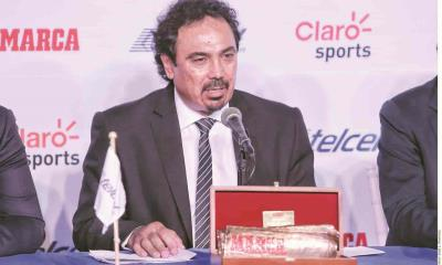 Arremete Hugo Sánchez contra convocatoria