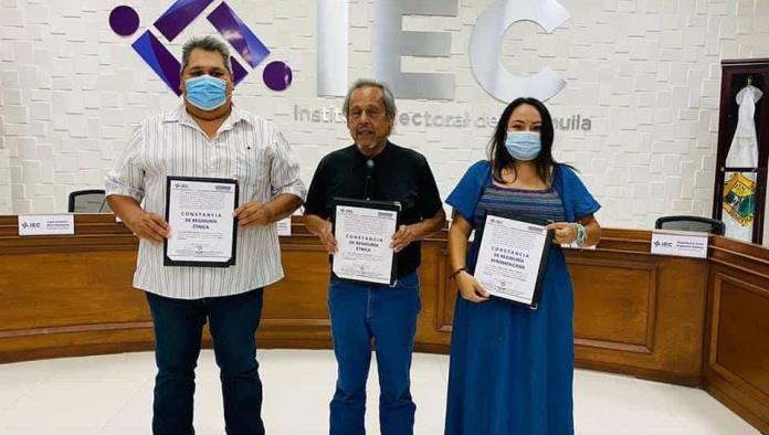 Entrega IEC constancias a regidores