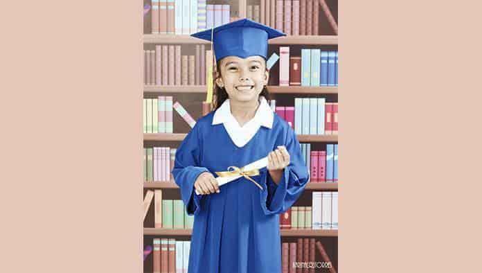 Leah Roxana se gradúa de preescolar