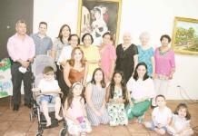 Rinde San Buena homenaje a Oscar Falcón Sánchez, destacado pintor