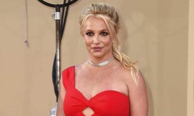 Britney Spears dice que no volverá a los escenarios mientras su padre sea su tutor