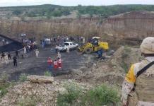 Aplasta derrumbe a mineros