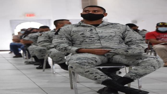 Vacunan a personal  del Ejército Mexicano