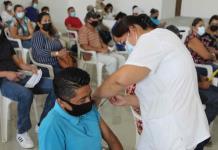 Inmunizan a personas de los 30´s