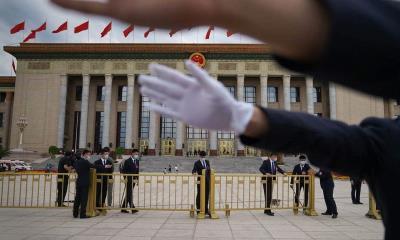 China amenaza de muerte a reporteros extranjeros por cobertura de inundaciones